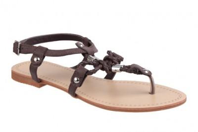 Letní boty? Zkuste sandály či sandálky!